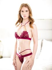 Threesome porn pics - Pepper Hart, Casey Calvert - HQ
