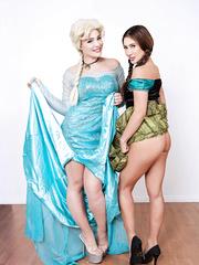 Frozen A XXX Parody Anna and Elsa Cosplay Sex - Davina Davis, Hadley Viscara - HQ