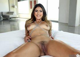 Sophia Leon